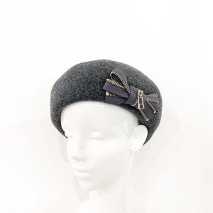 Zipper ribbon beret