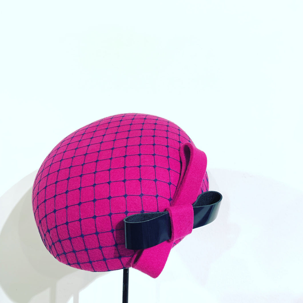 Fusha pink mini beret with veil