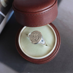 Classic Oval Signet