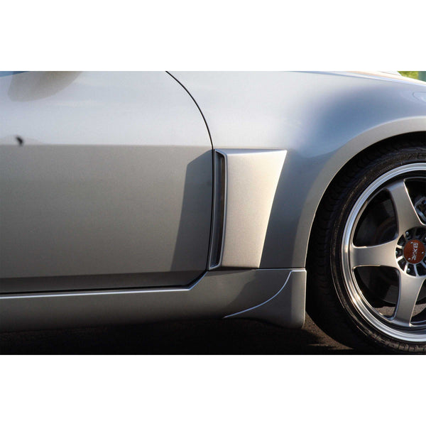 03-09 Nissan 350Z (Coupe/Convertible) Fender Vent  - Front