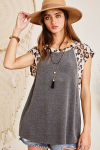 Color-Block Grey Leopard Raglan Short Sleeve Top with Army Green Piping