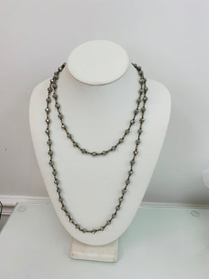 Mist grey beaded long necklace - Sissy Boutique