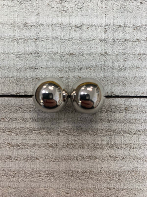 Silver Large studs - Sissy Boutique