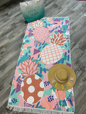 Pineapple Paradise Beach towel - Sissy Boutique