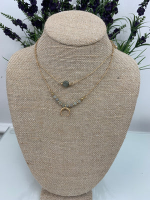 Dust grey crescent necklace - Sissy Boutique