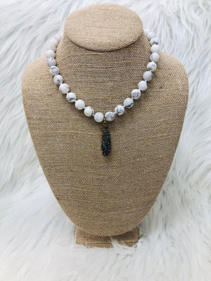 Marble Beaded Iridescent Stone Necklace - Sissy Boutique