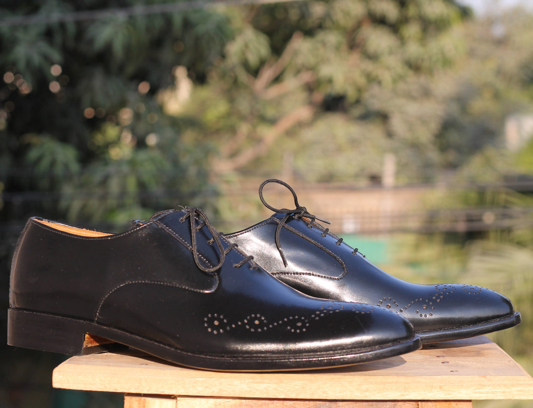 Handmade Men's Black Brogue Leather Stylish Shoes, Men Lace Up Black Dress Shoes - theleathersouq