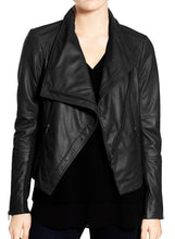 Load image into Gallery viewer, Stylish Women's Black Wide Collar Leather Jacket,Fashion Zipper Women Leather Jacket - theleathersouq