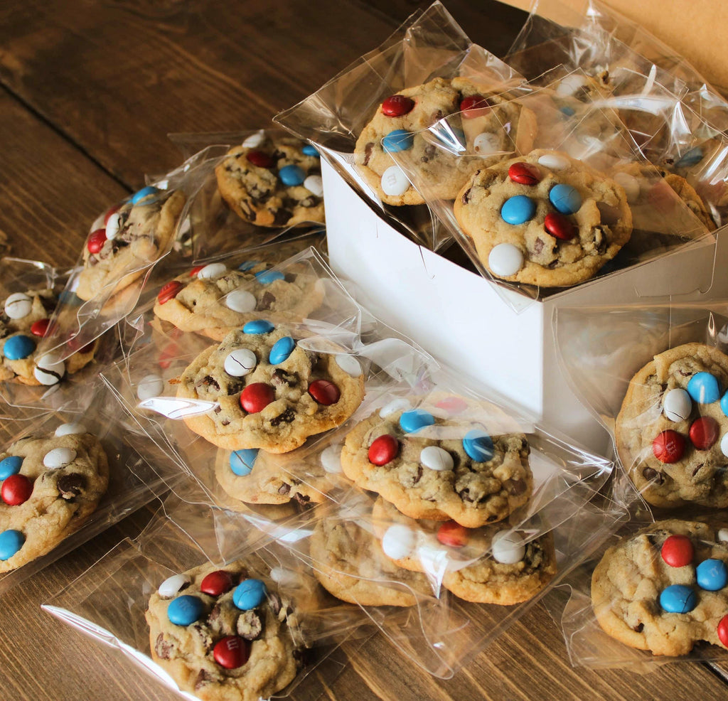 Red White & Blue m&m chocolate chip cookies
