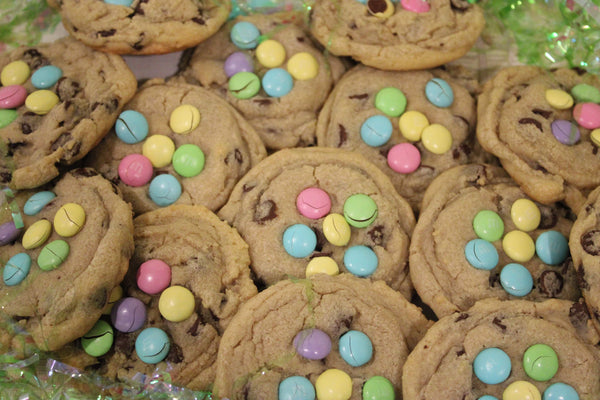 Pastel M&M + Chocolate Chip Cookies
