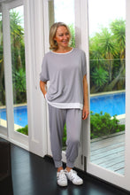 Load image into Gallery viewer, Eaden lounge wear top - short sleeve