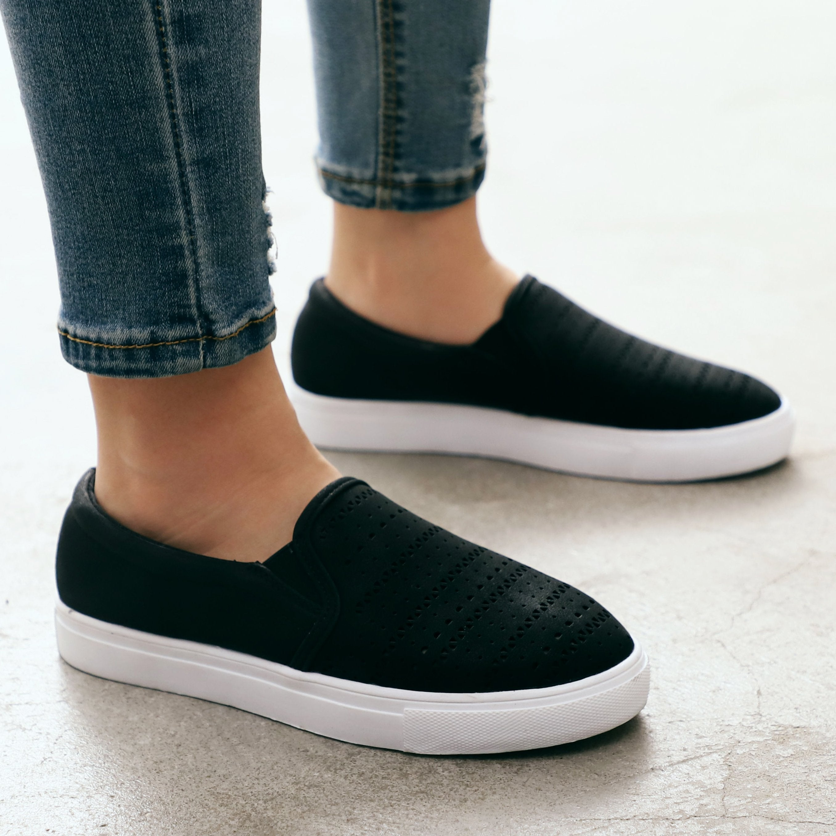Women's Casual Hollow Out Canvas Shoes Plimsolls Slip On