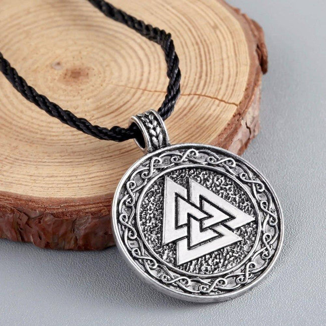 Veg-Visir, , VALKNUT WITH KNOT ENGRAVINGS NECKLACE, Jewels, Jewelry, Vikings, Norse - Veg-Visir
