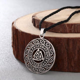 VALKNUT WITH RUNIC CIRCLE AND CELTIC KNOT NECKLACE Silver Veg-Visir  veg-visir.myshopify.com Veg-Visir