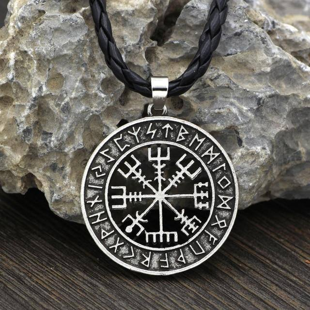 VEGVISIR WITH RUNIC CIRCLE NECKLACE Silver | Leather Veg-Visir  veg-visir.myshopify.com Veg-Visir