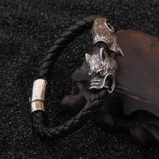 LEATHER BRACELET WITH WOLF - Veg-Visir