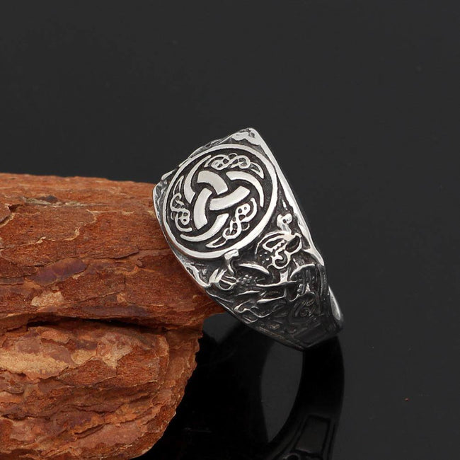 Veg-Visir, , 316L STAINLESS STEEL TRIQUETRA RING, Jewels, Jewelry, Vikings, Norse - Veg-Visir