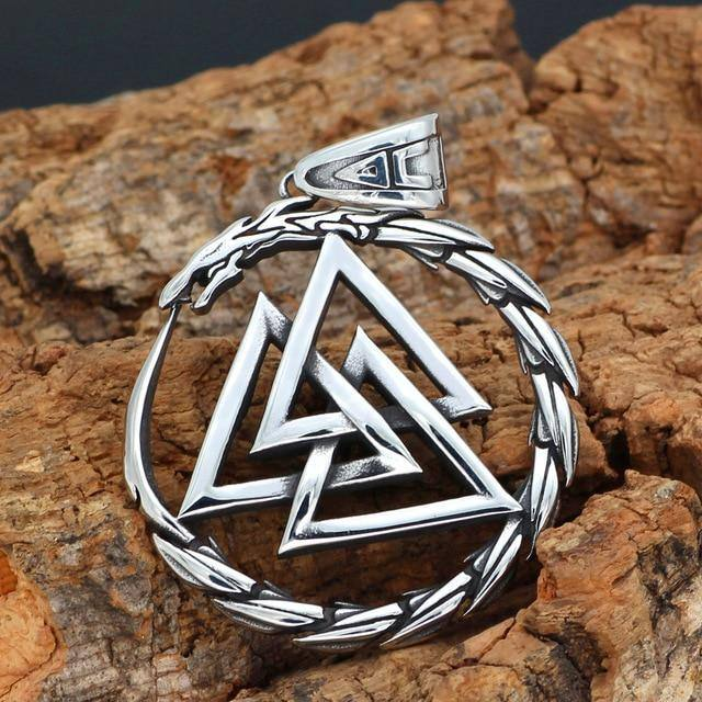 316L STAINLESS STEEL DRAGON WITH VALKNUT NECKLACE - Veg-Visir
