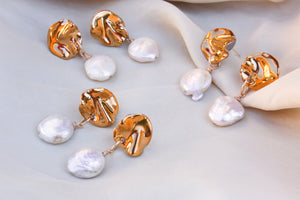 Folded pearl earrings