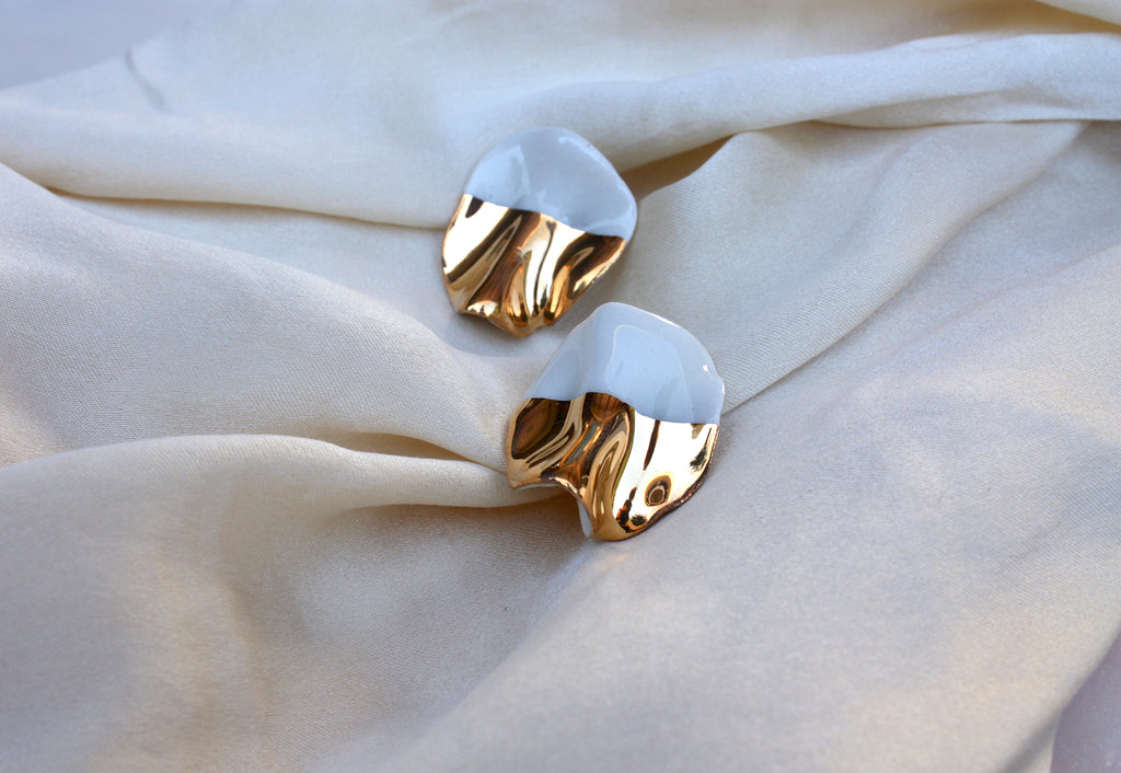 Folded Round Earrings
