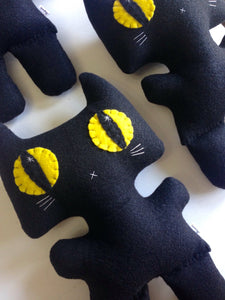 Big Minou Kitty - Eco-friendly Felt Plush Kitty