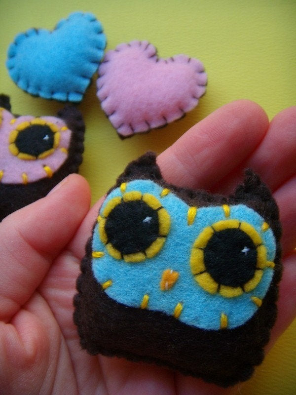 Lovebird Magnets - Set of Four Eco-Friendly Handsewn Owl and Heart Felt Magnets