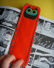 Load image into Gallery viewer, Owly Bookmark - Eco-friendly Felt Owl Bookmark