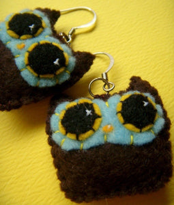 Owly Earrings - Eco-friendly Felt Mini Plush Owl Earrings