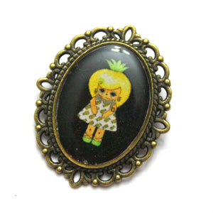 Callie Tropica - Pineapple Girl Pin - Black or Green