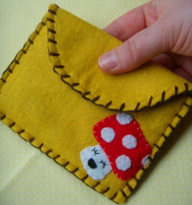 Happy Mushy Snap Pouch - Eco-friendly Felt Mushroom Wallet/Pouch
