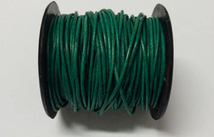 Lederkordel rund 1,5 mm, Farbe 27 natural gipsy smaragd/turquoise green - bead&more