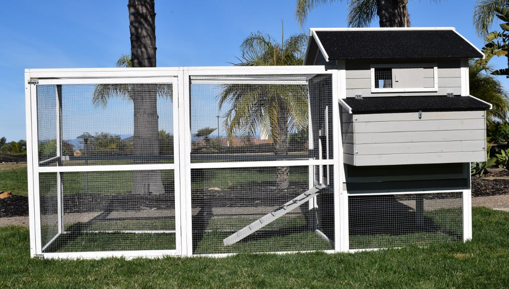 Rugged Ranch™ Fontana Chicken Coop