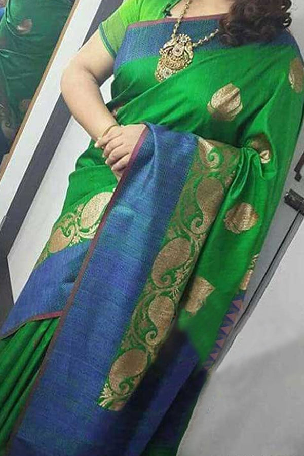 Green Colored Traditional Silk Saree With Blouse For Women - CD432