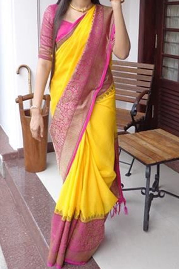 Yellow With Pink Colored Border Traditional Silk Saree With Blouse For Women - CD492