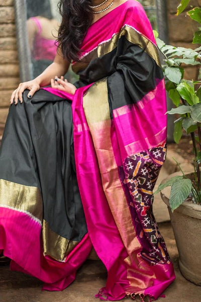 Black Colored Traditional Silk Saree With Blouse For Women - CD576