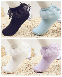 BS - Ladies Frilly Bobby Socks