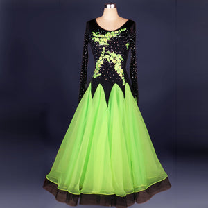 M038c - Ladies Competition Dance Wear