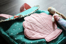 Load image into Gallery viewer, clam shell mermaid bag for little girls