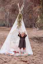 Load image into Gallery viewer, Toddler Girl's teepee  photo shoot prop by lovemesparkle