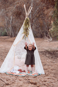Toddler Girl's teepee  photo shoot prop by lovemesparkle
