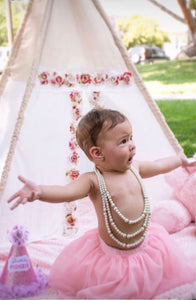 first birthday photo shoot with teepee tent by lovemesparkle