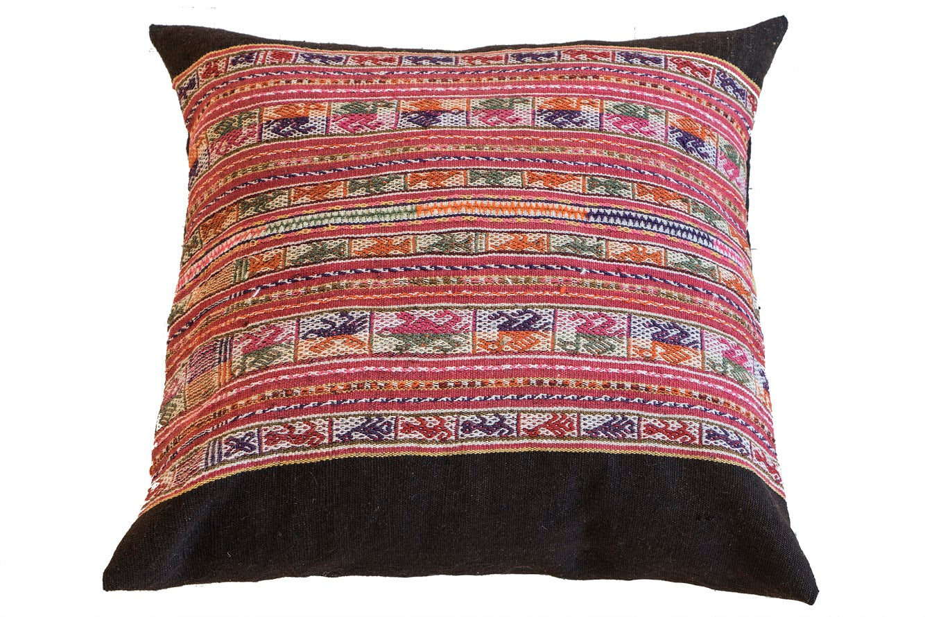 Sustainable lifestyle brand Ponchos Rojas handmade throw pillows at PazLifestyle.com