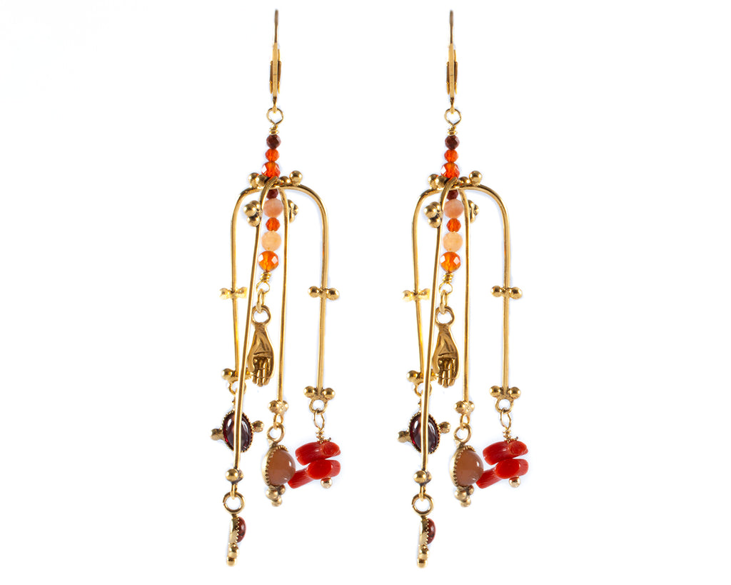 Crossed-arch dangling earrings with coral and stones – 005