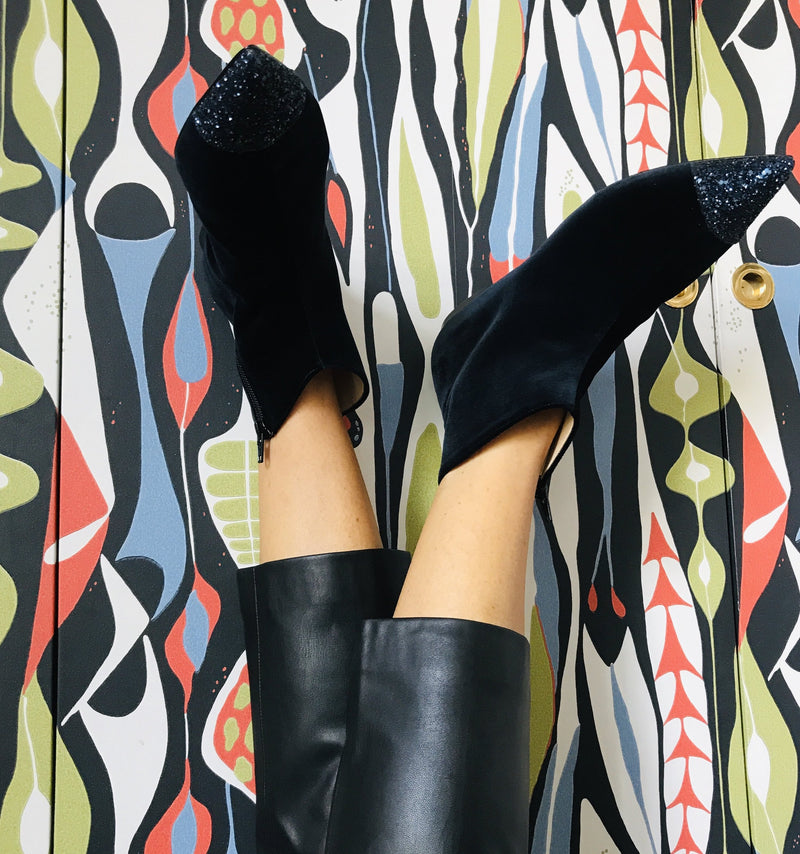 ANITA. Blue velvet ankle boot with glitter toe cap