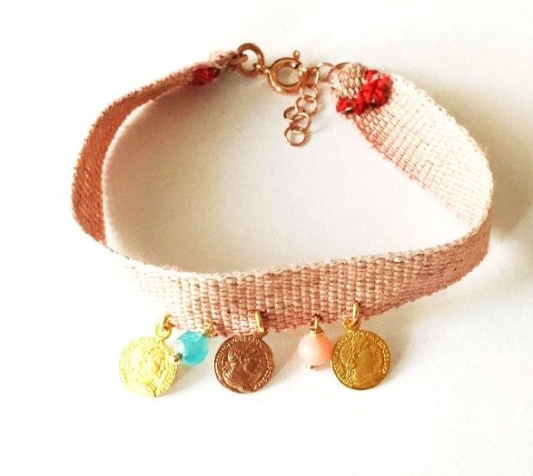 Flax bracelet  with small medals - 015