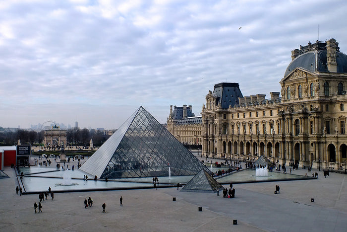The Louvre Museum: Skip-the-Line Ticket with Audio Guide