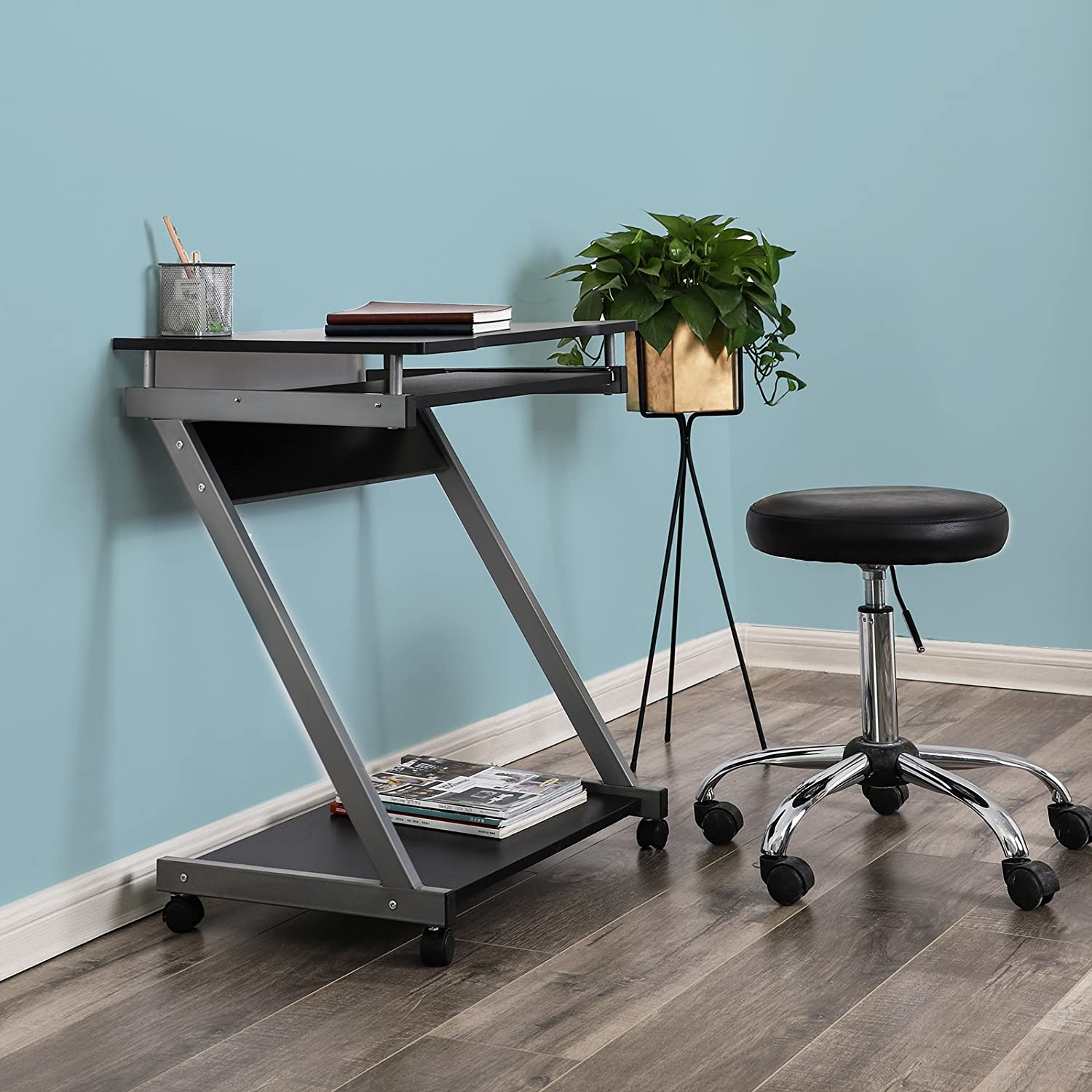 Small Space Office Desk