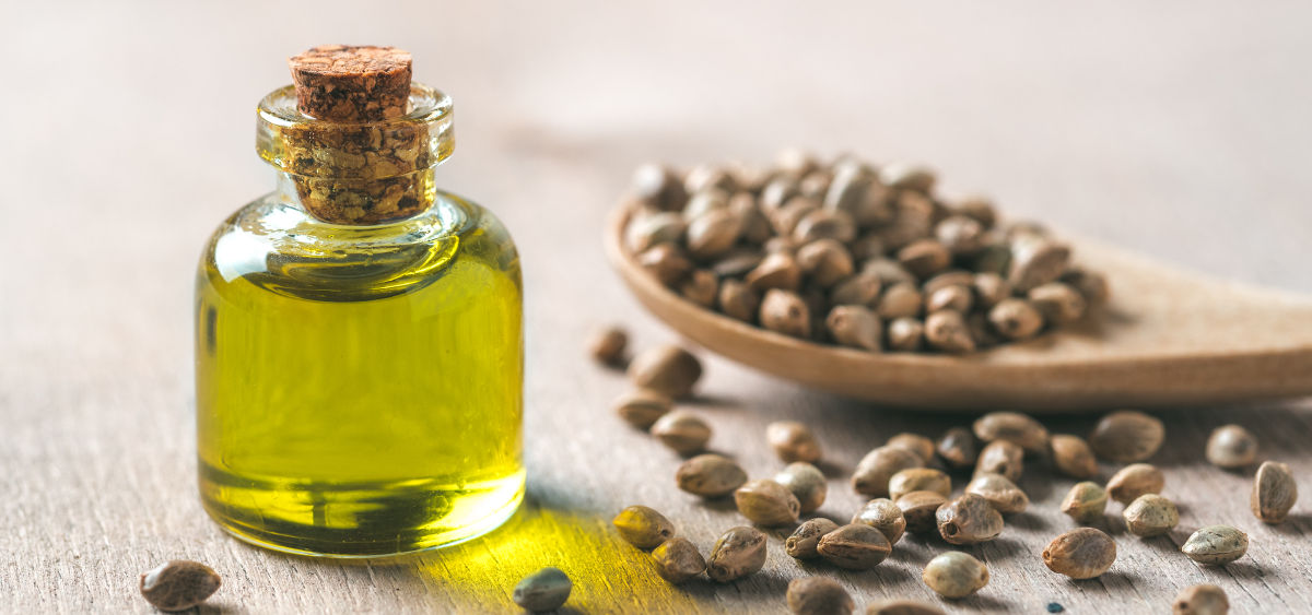 5 Amazing Benefits of Using Hemp Seed Oil
