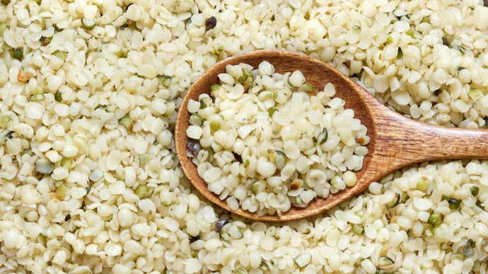 Why Hemp Seeds Are The Ultimate Low Carb Superfood