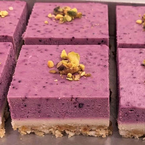 Gluten Free & Vegan - RAW Blueberry & Pistachio Cheesecake - 6 pack - Kiss Kiss Artisan Foods